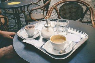 coffee-shop-1154289_1920.jpg